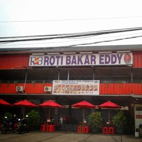 Roti-Bakar-Eddy